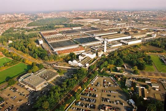 100 ans de l'usine du Mans: Une longue histoire de femmes et d'hommes aux côtés de la CGT