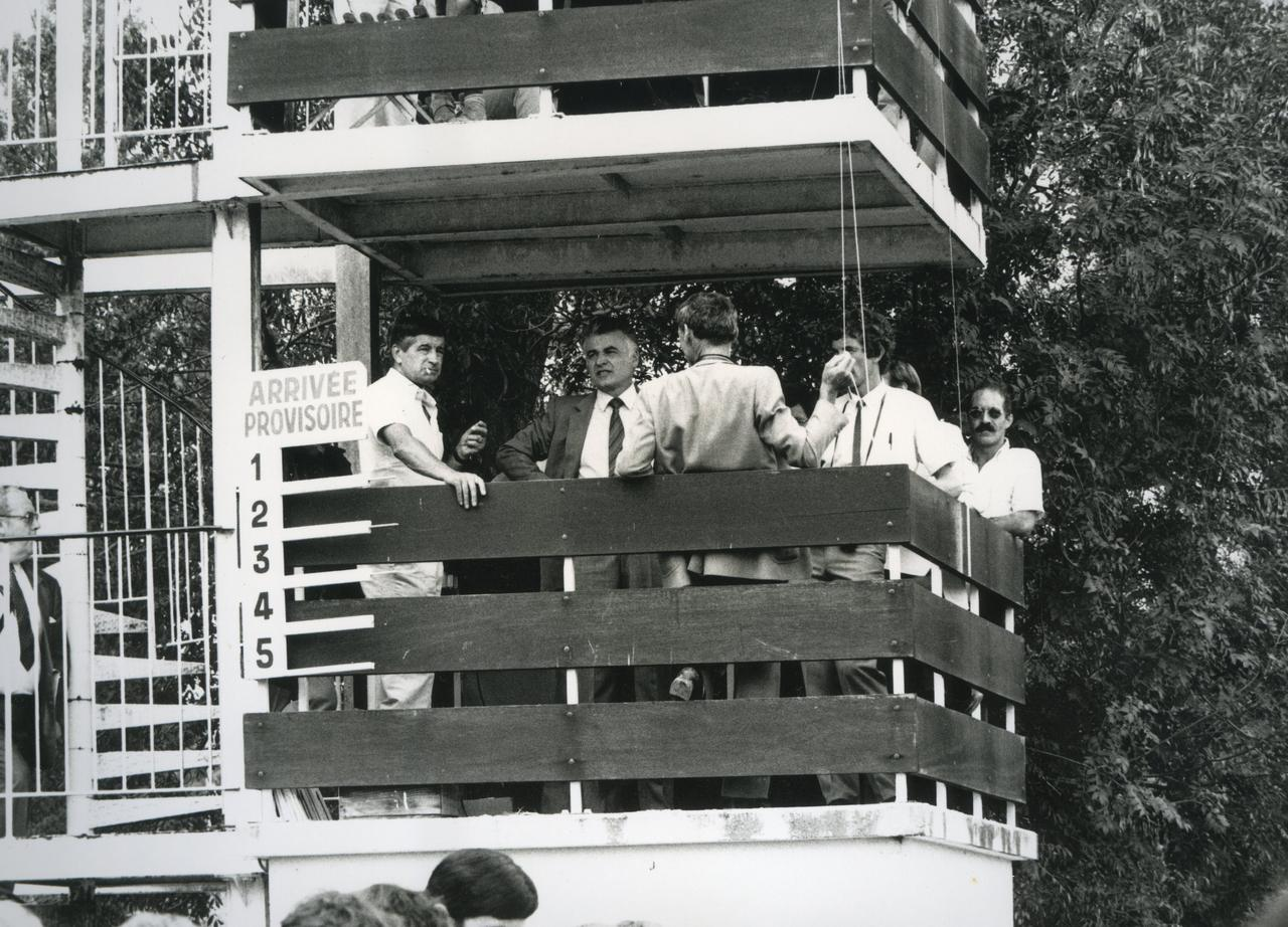 hippodrome-cast-v-1984003