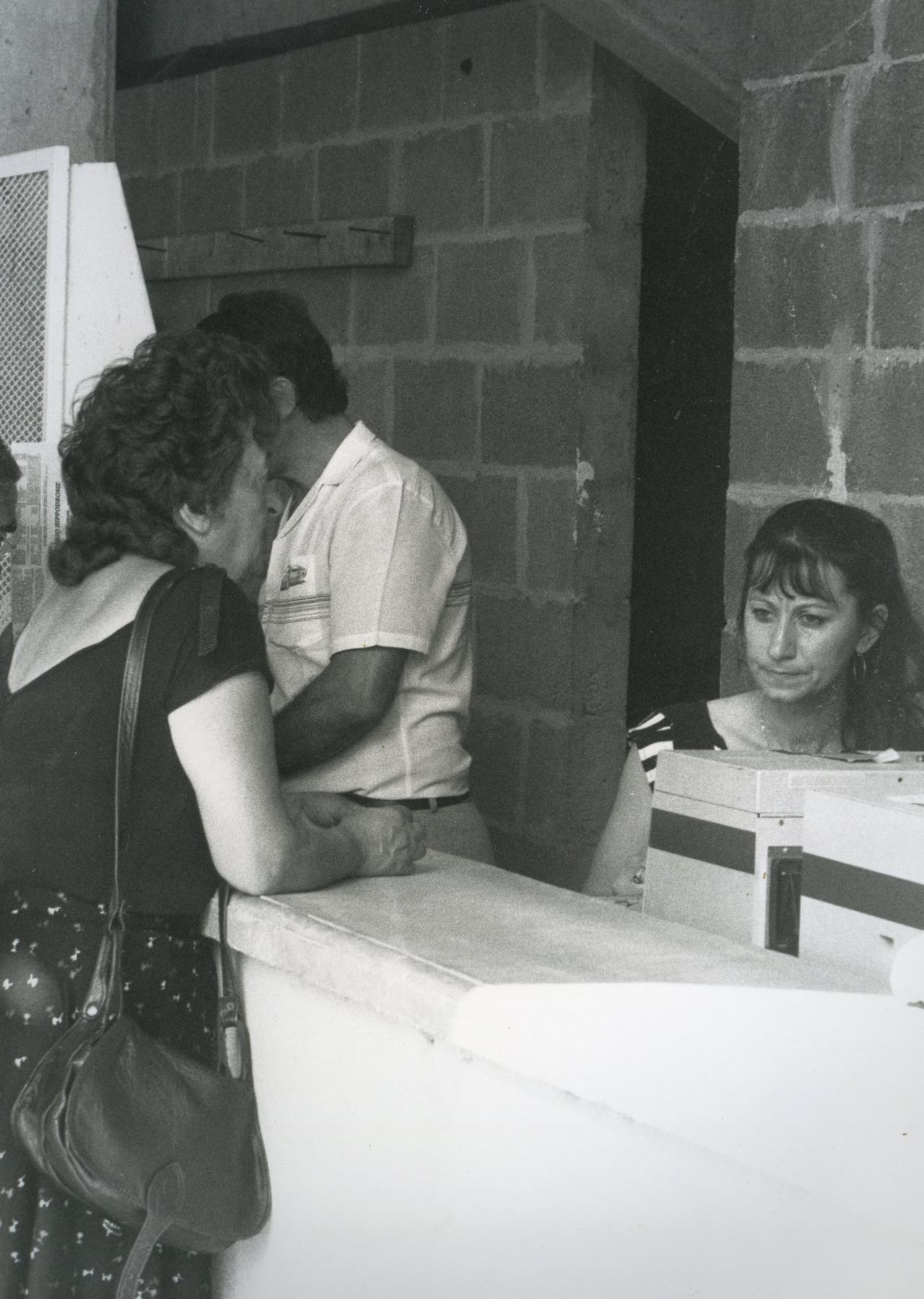 hippodrome-cast-v-1984007