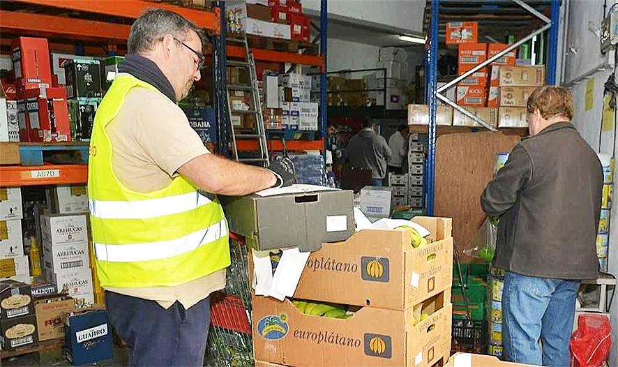 De meest behoeftige Canarische families krijgen thuis een winkelmand t.w.v. 120 euro