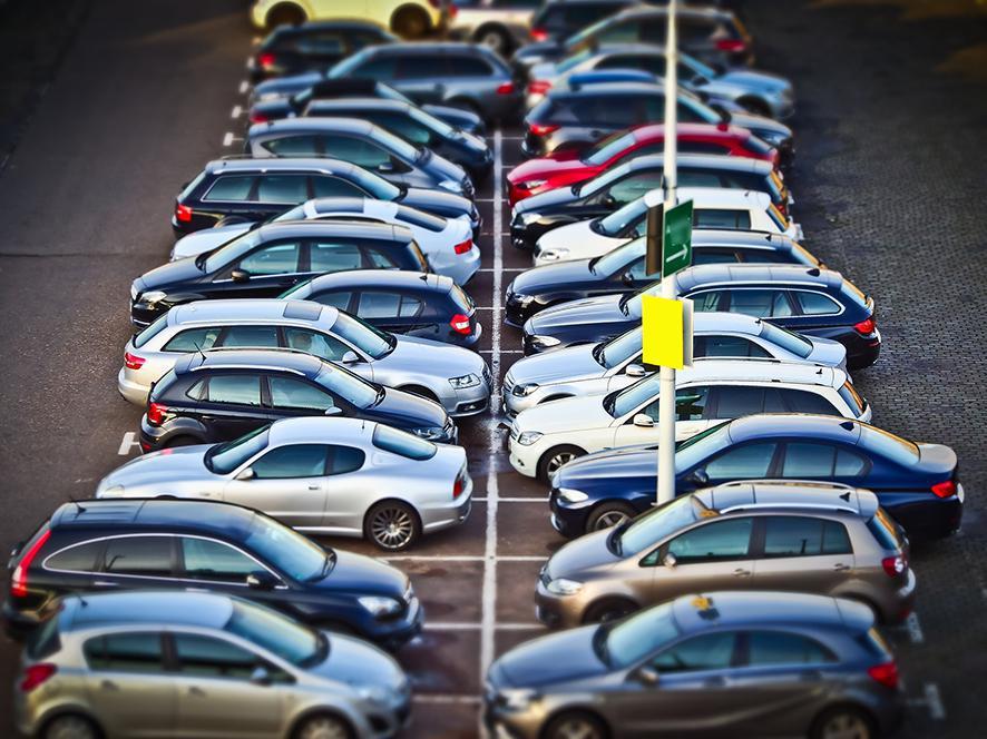 Parkeerruimte gezocht voor 40.000 huurauto's op Tenerife