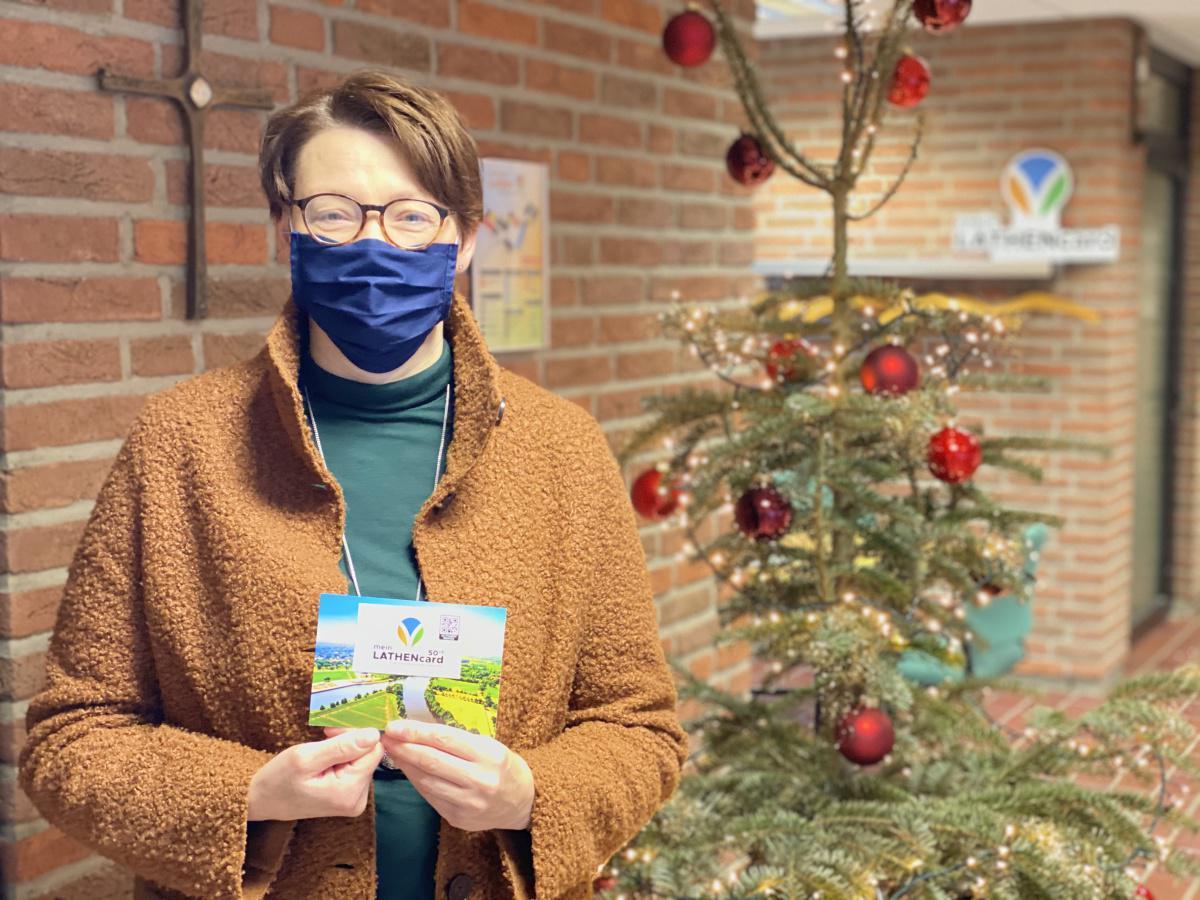 Claudia Kulas freut sich über Gewinn zum Jahreswechsel