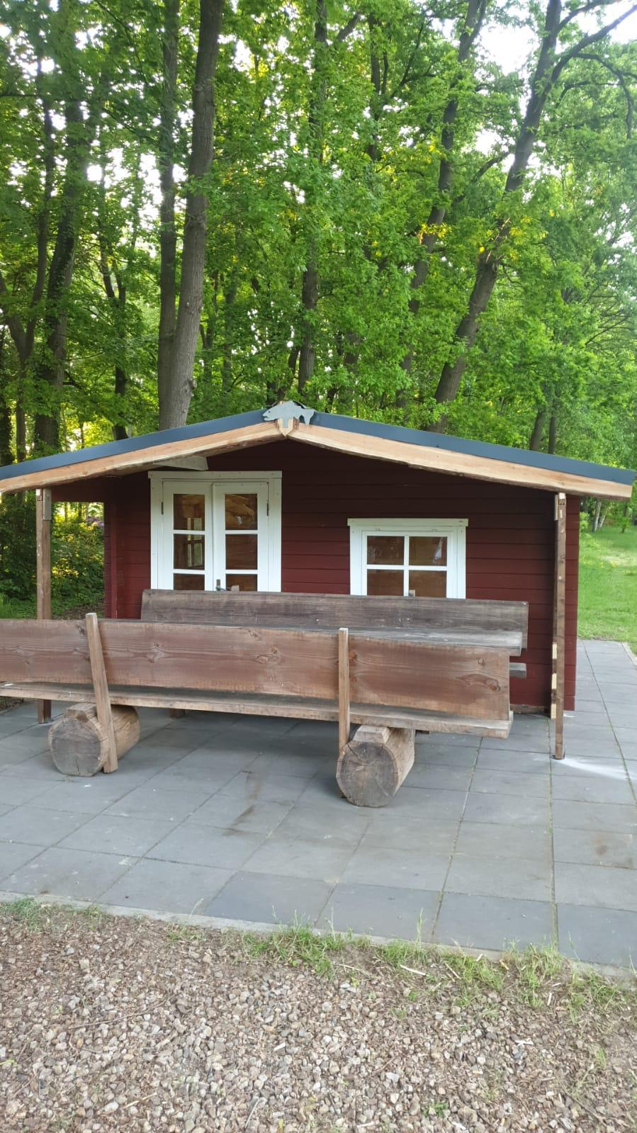 Neue Schutzhütte in SuMo