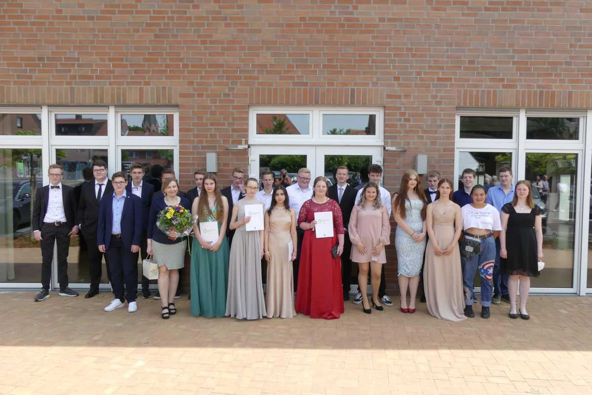 Schulabschlussfeier der Erna-de-Vries Schule Lathen