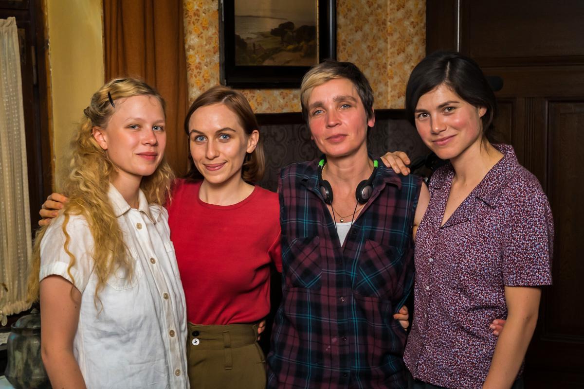 """Dreharbeiten in Oberlangen: Frauenkriegsdrama """"Lost Transport"""""""