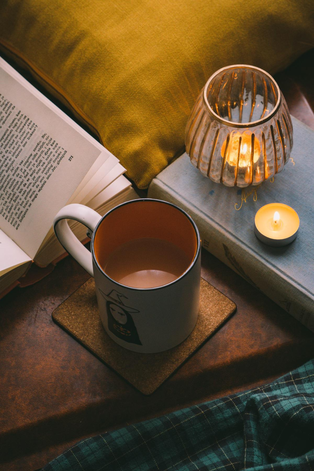 The Art of Hygge- It's a Happiness Vibe