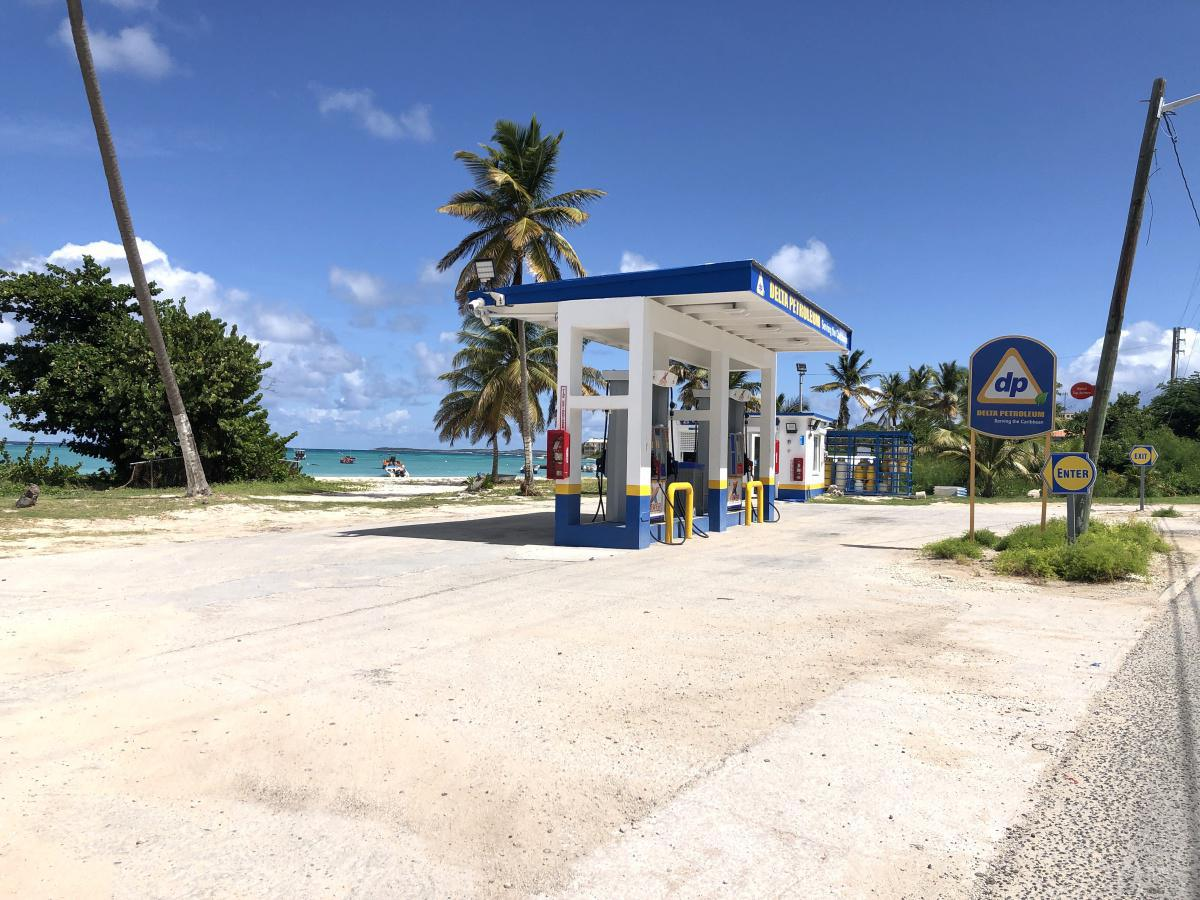 Delta Petroleum Gas Station - Island Harbour