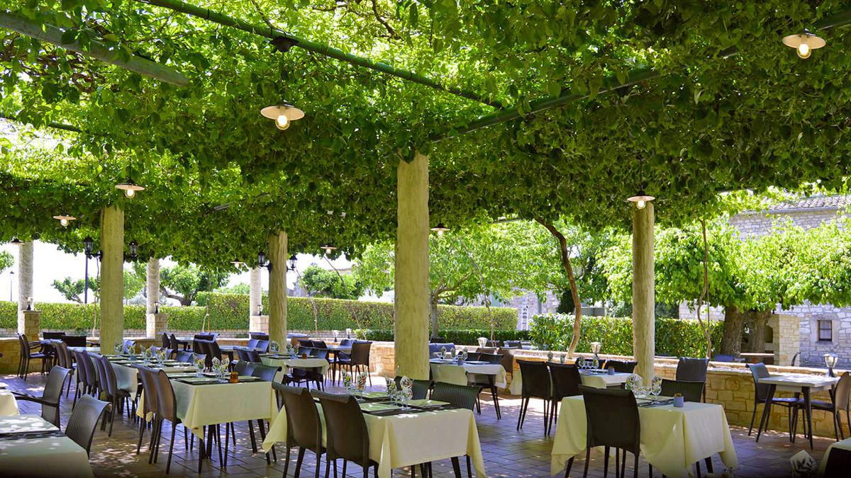 Les Stalagmites - Hôtel - Restaurant