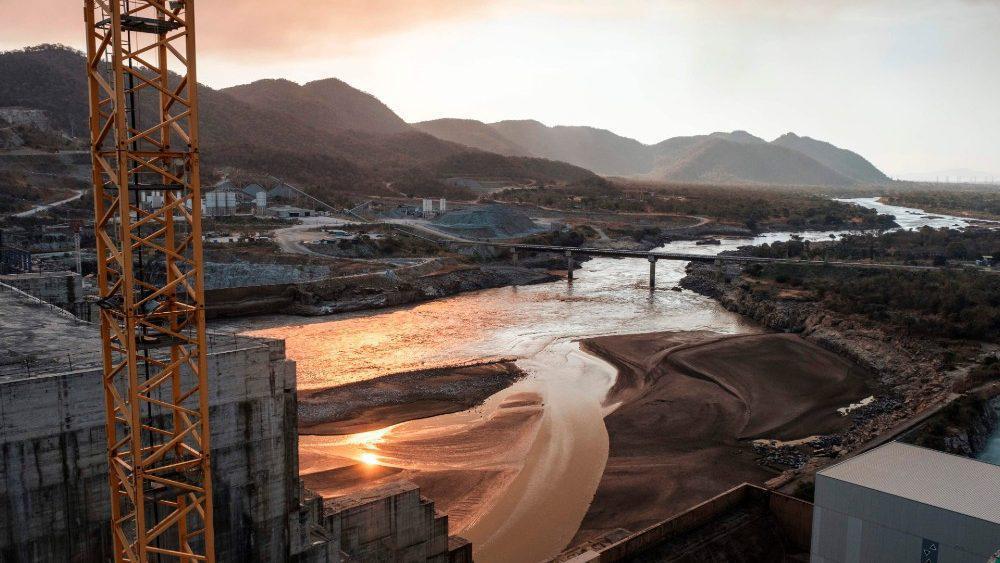 Barragem no Nilo: continuar o diálogo