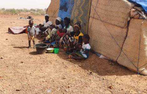 Burquina Faso: acolher deslocados