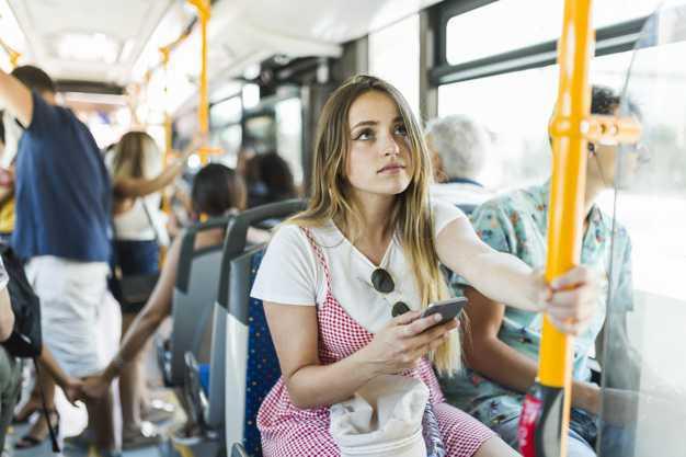 Aborder une fille dans les transports en commun
