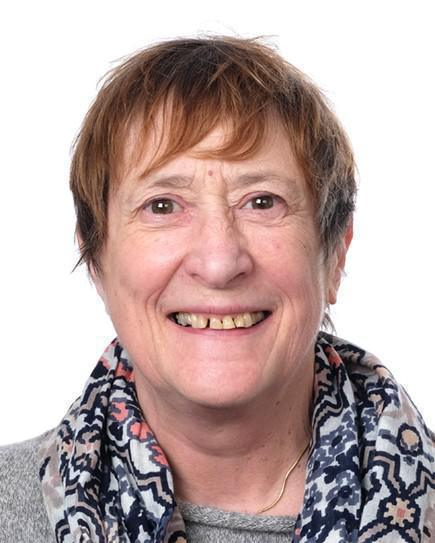 Annie Outram (Silver Accredited Guide)