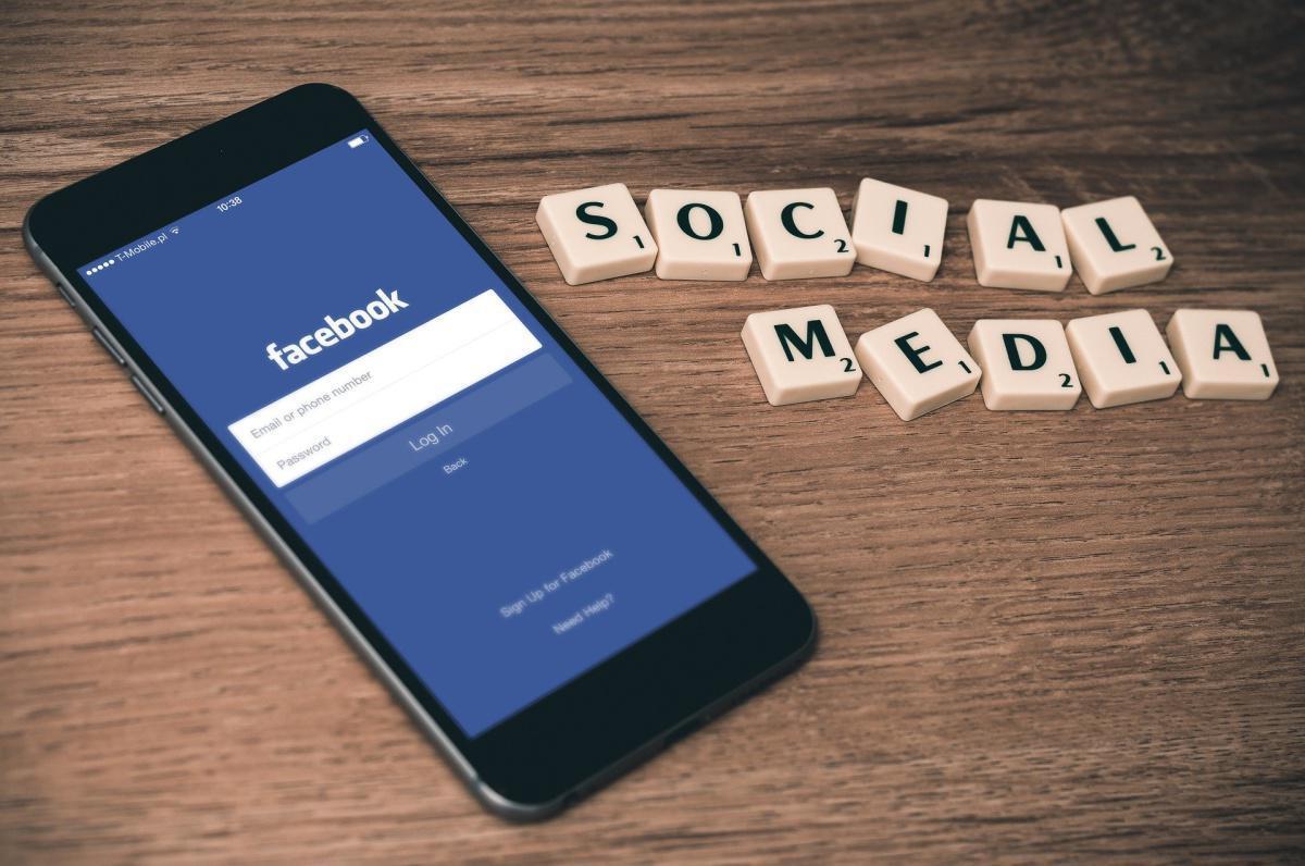 L'employeur peut légitimer le licenciement d'un salarié par des éléments extraits de son compte privé Facebook.