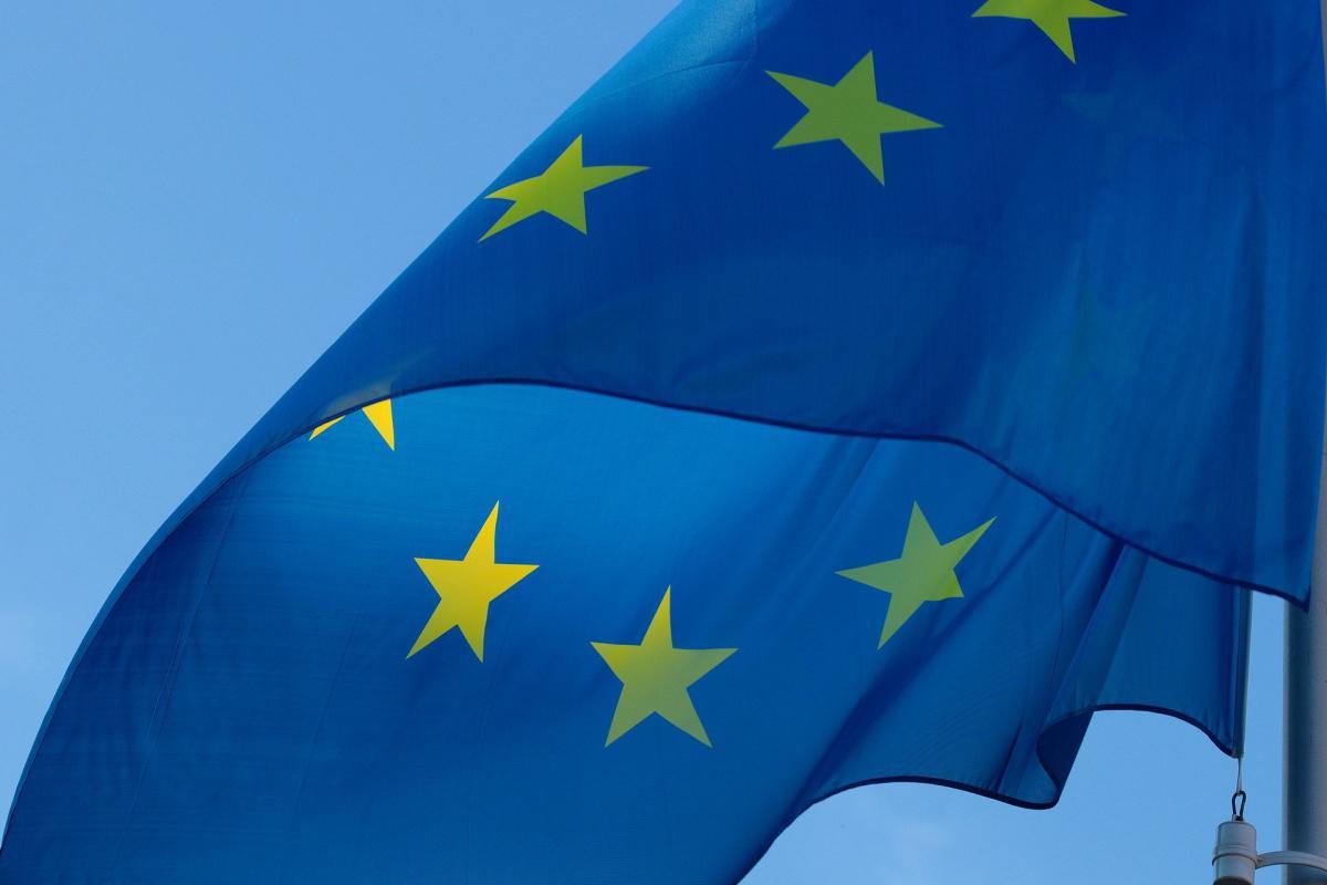 Les ministres européens des transports appellent à une aviation `` socialement responsable ''