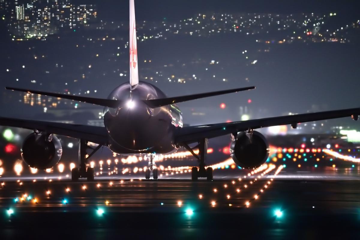 Aéroport d'Orly : six mois de prison ferme pour le directeur harceleur