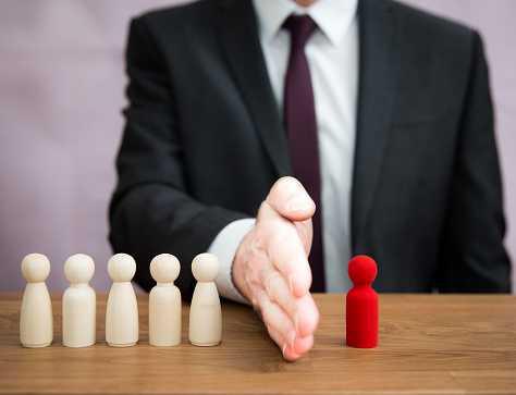 Discrimination syndicale: Un salarié discriminé durant toute sa carrière peut agir lors de son départ en retraite!