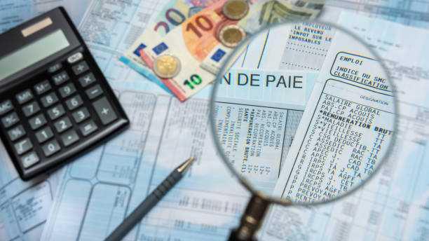 Égalité professionnelle : vers une obligation de verser le salaire sur un compte dont le bénéficiaire est titulaire ou cotitulaire.