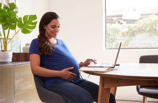 Favoriser le télétravail avant le congé de maternité.
