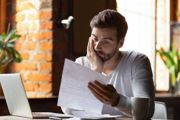 Les salariés licenciés économiques ont automatiquement droit à une indemnité...