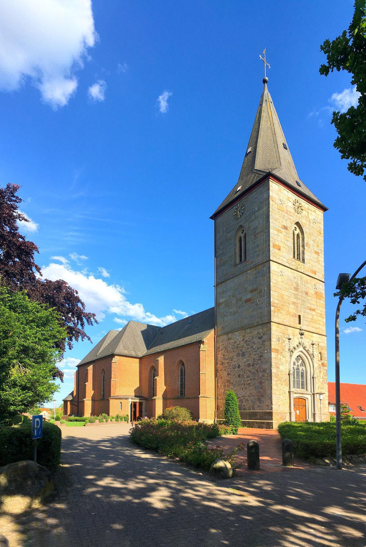 Kath. Pfarrkirche St. Clemens Wesuwe