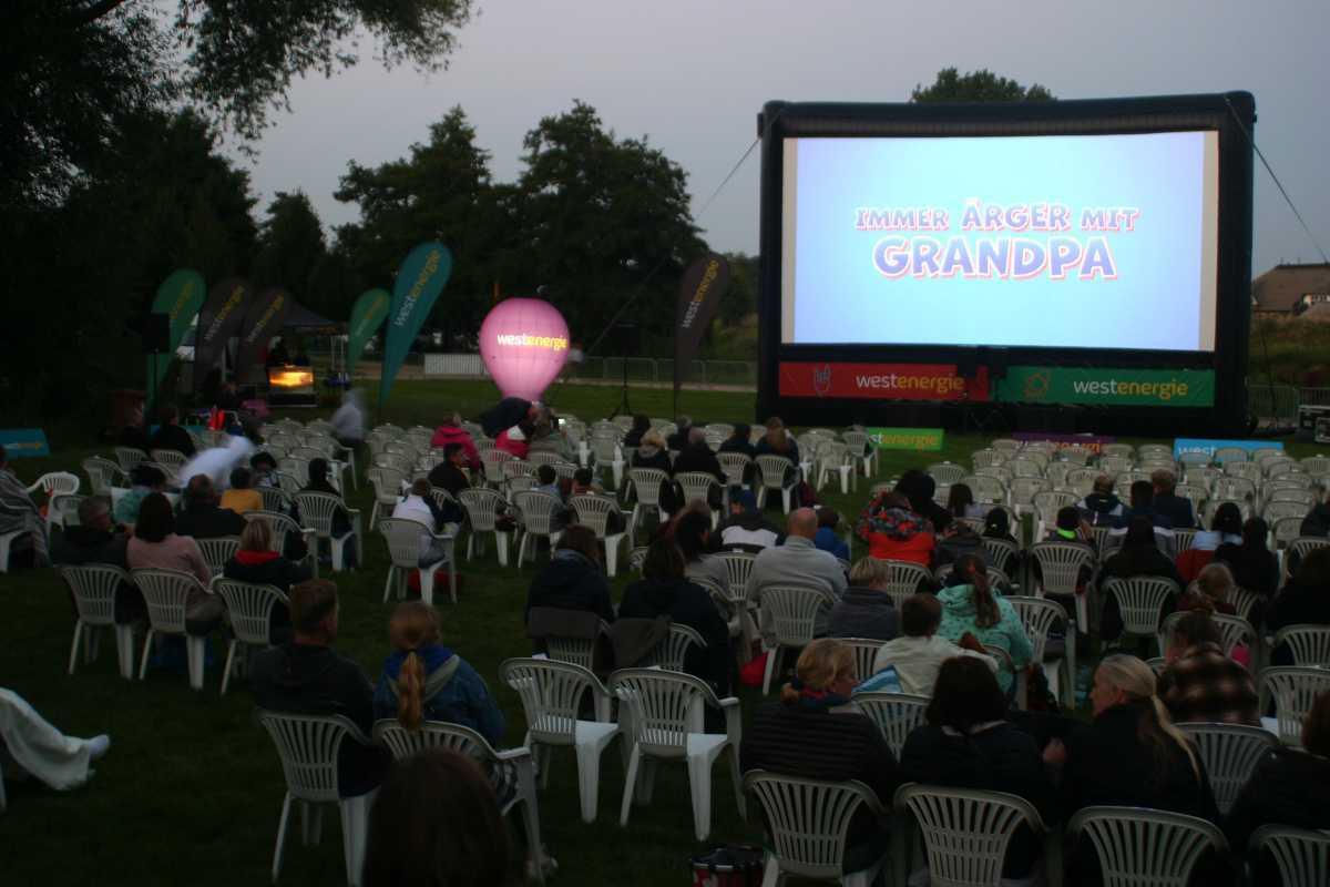 Open Air Kino an den Emswiesen