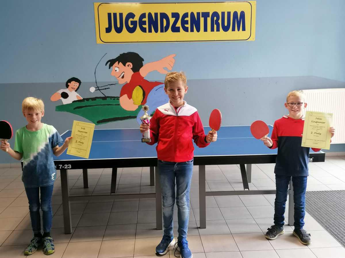 Tischtennisturnier im Jugendzentrum