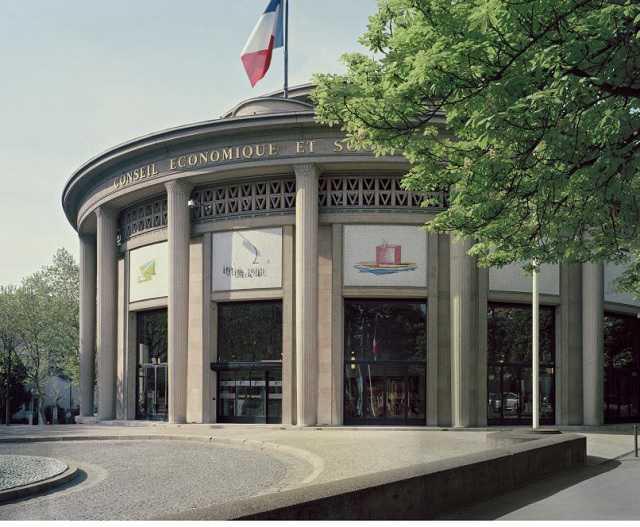 Les CES en France, en Europe et dans le monde