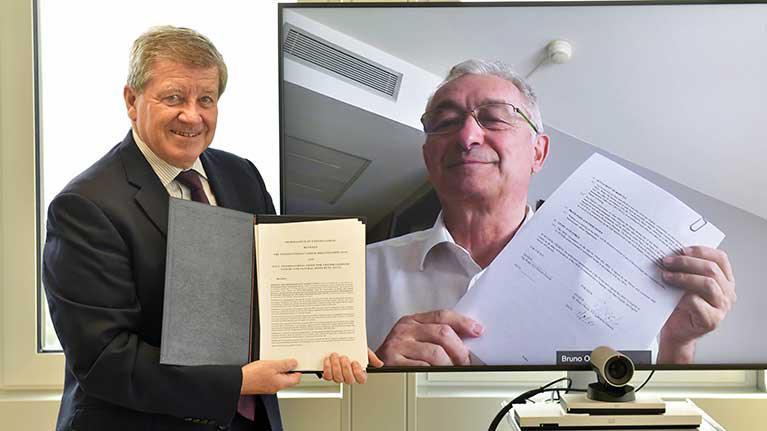 L'OIT et l'UICN signent un accord...