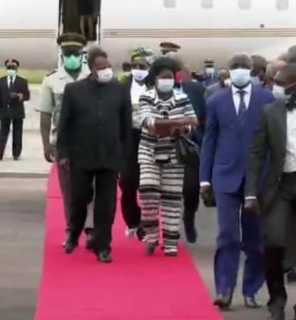 Denis SASSOU Nguesso en séjour à Oyo