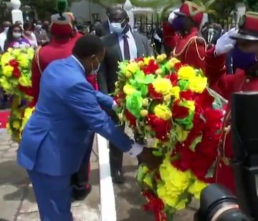 Denis SASSOU NGuesso rend hommage au colonel Gilbert Ibobi