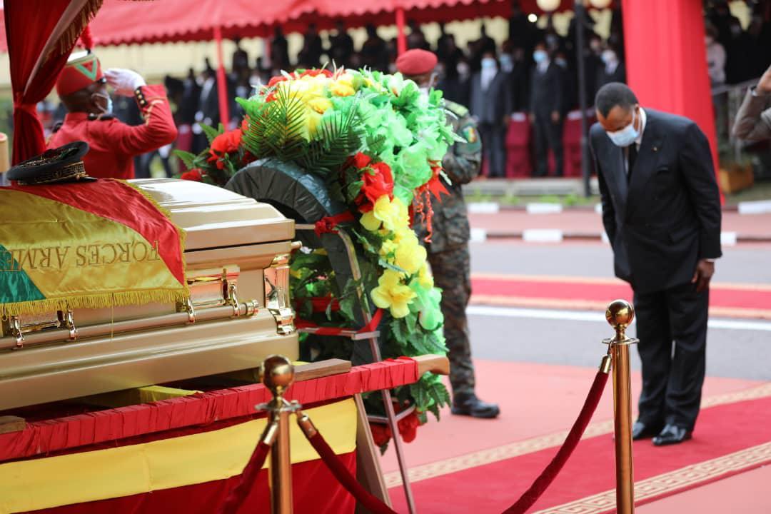 Denis SASSOU Nguesso rend hommage au général Gilbert Bokemba