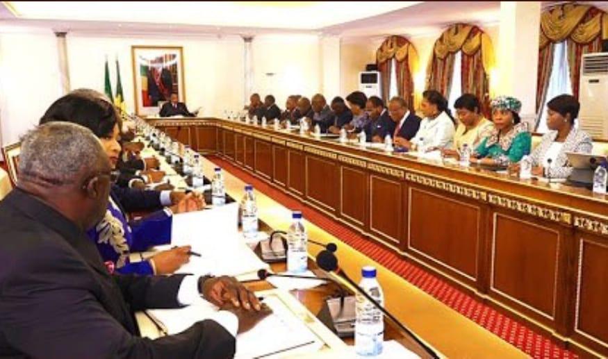 Denis SASSOU Nguesso a présidé la 25è réunion de lutte contre la Covid-19