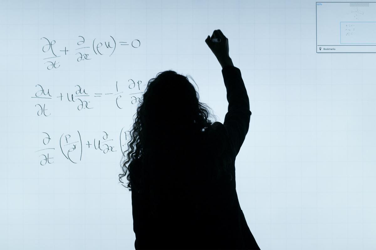 Présentation prépas Math-Physique - Mathématiques, Physique et Sciences de l'Ingénieur & Physique, Chimie et Sciences de l'Ingénieur