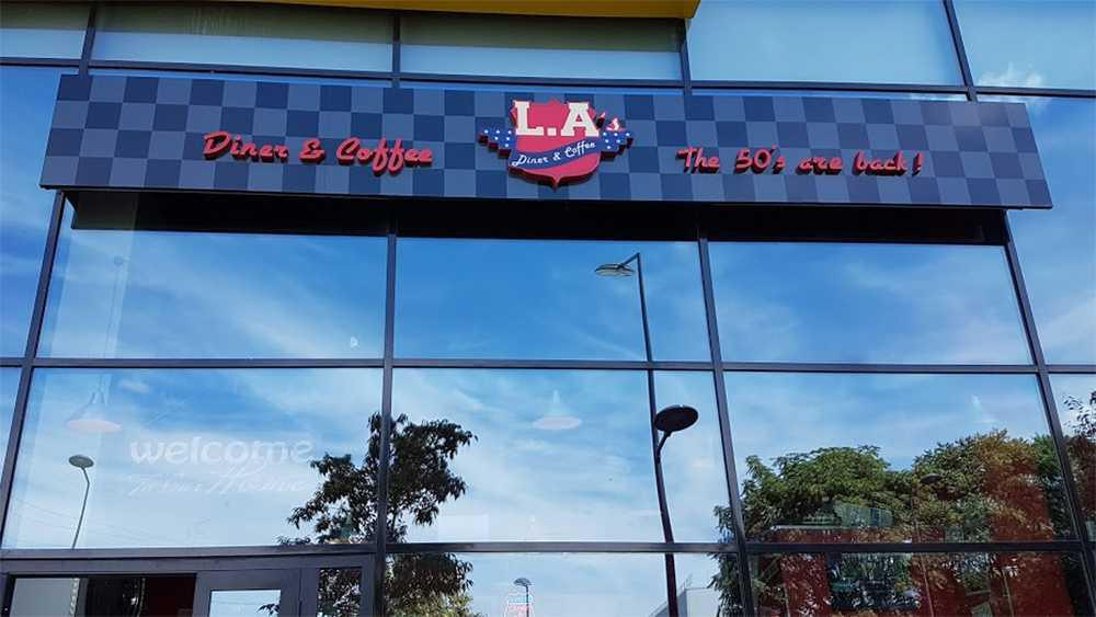 L A'S Diner & Coffee