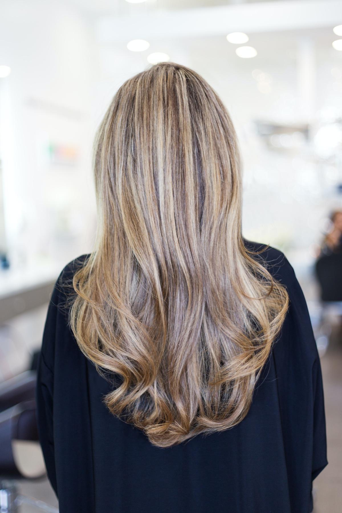 Quelle est la structure et la composition des cheveux?