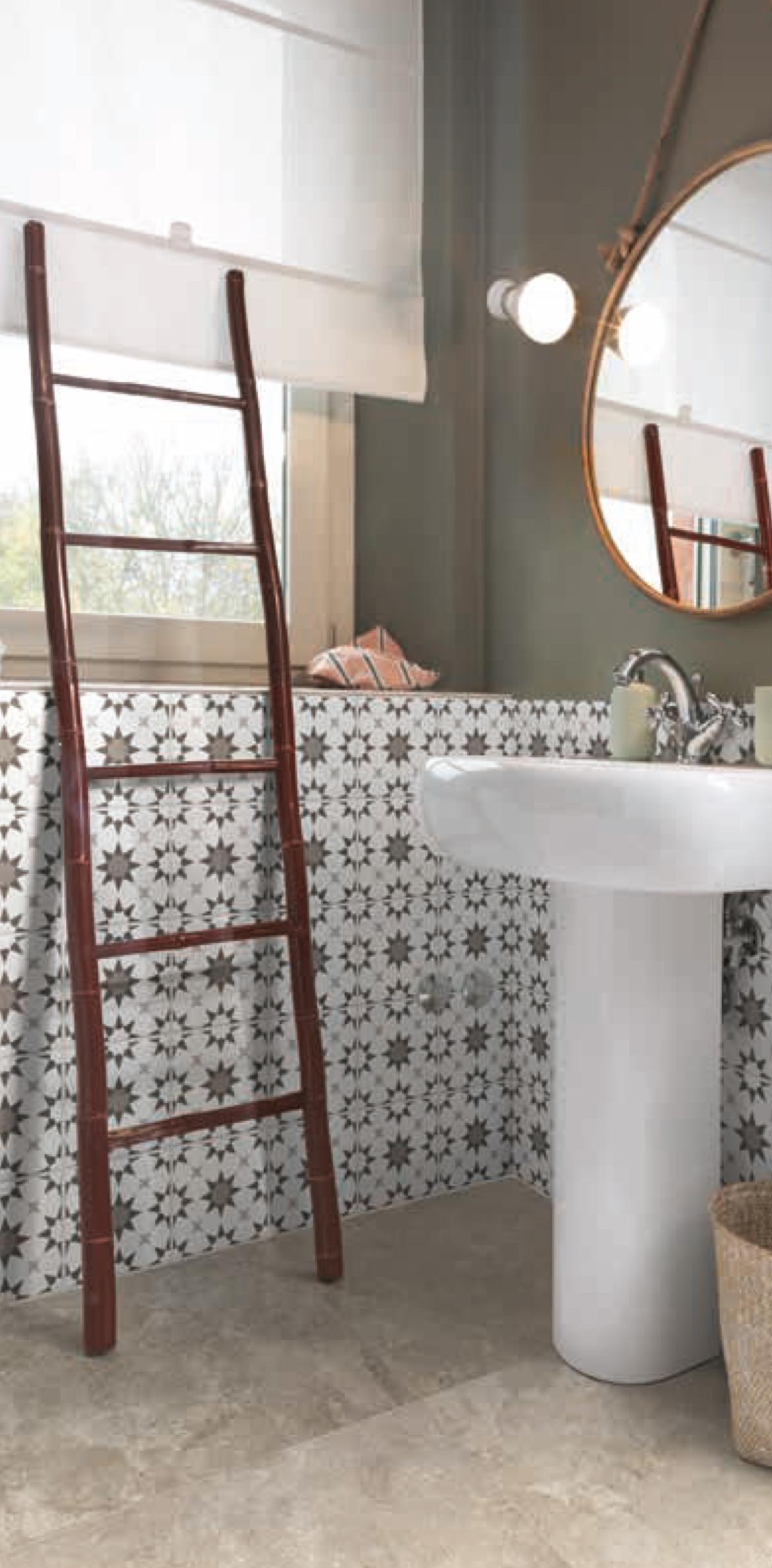 Carrelage salle de bain à Auch, que choisir pour les murs?