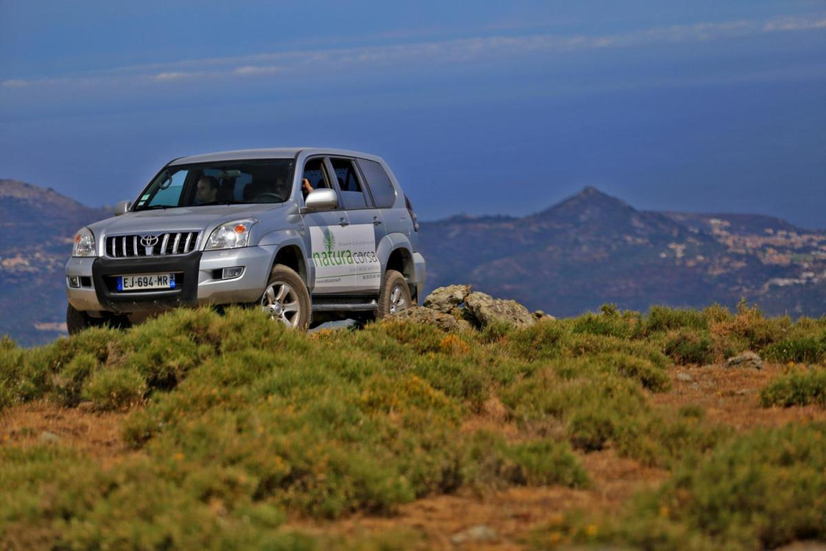 Excursions en 4X4 avec Natura Corsa