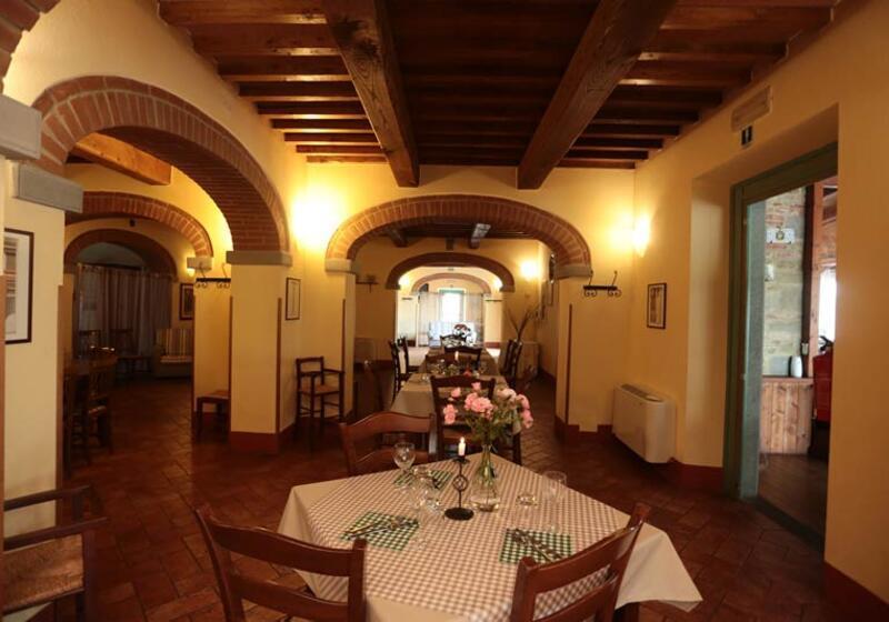 Villa Serristori 🛩 LIQQ SERRISTORI / TOSCANE