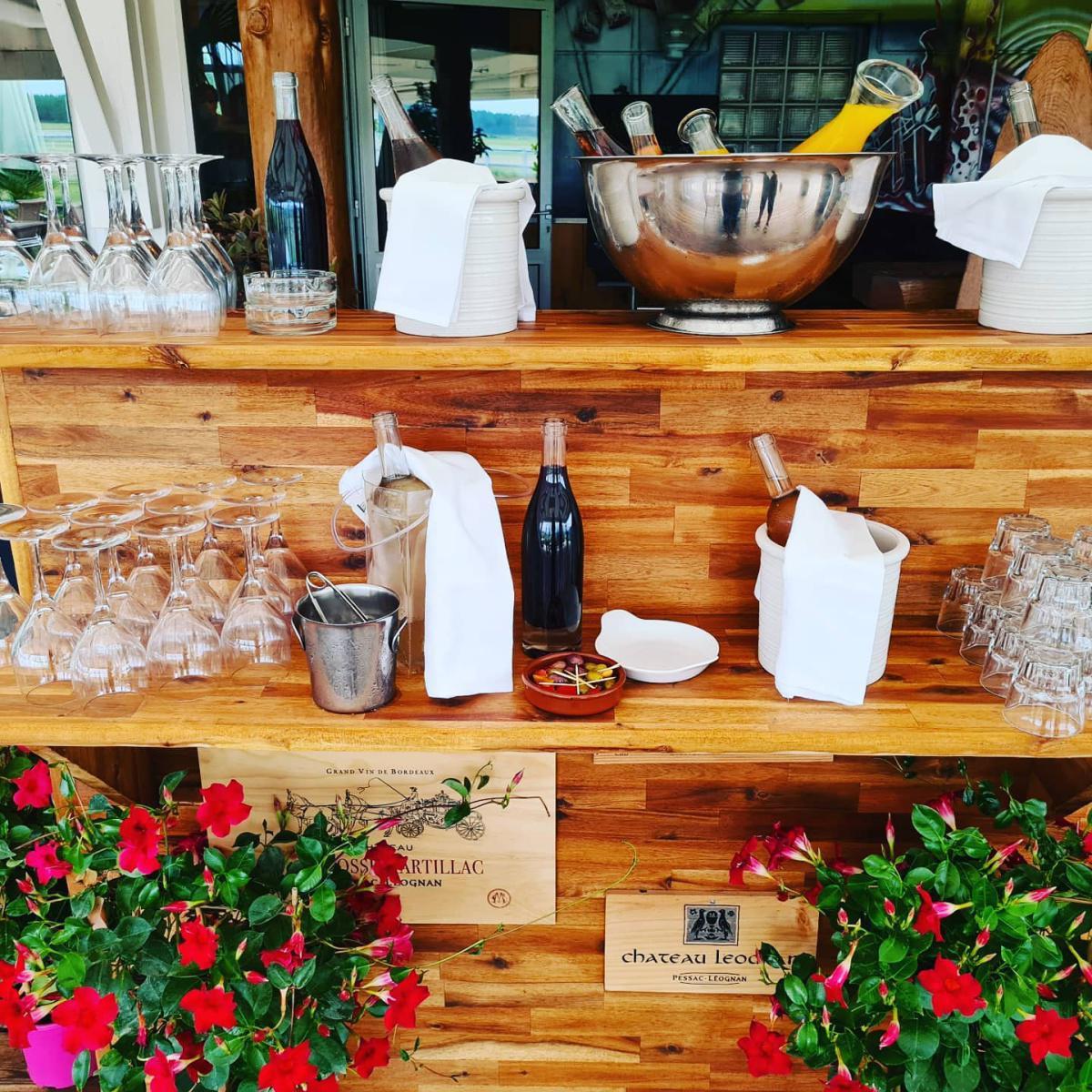 Restaurant Les Ailes 🛩 LFCS BORDEAUX LEOGNAN SAUCATS