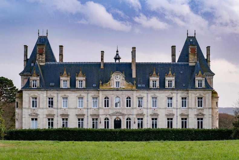 Chateau de Tressé Restaurant & Forest SPA ★★★★★