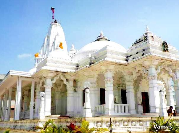 Get a glimpse of Jain Temple