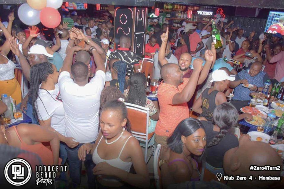 Party at Klub Zero 4