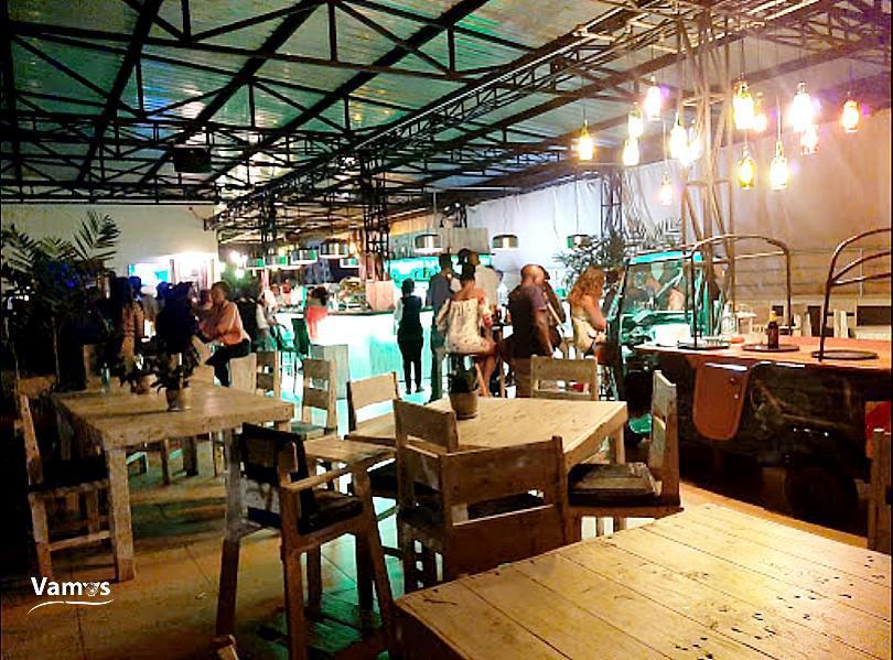 Party at Steam Rooftop Bar Nyali