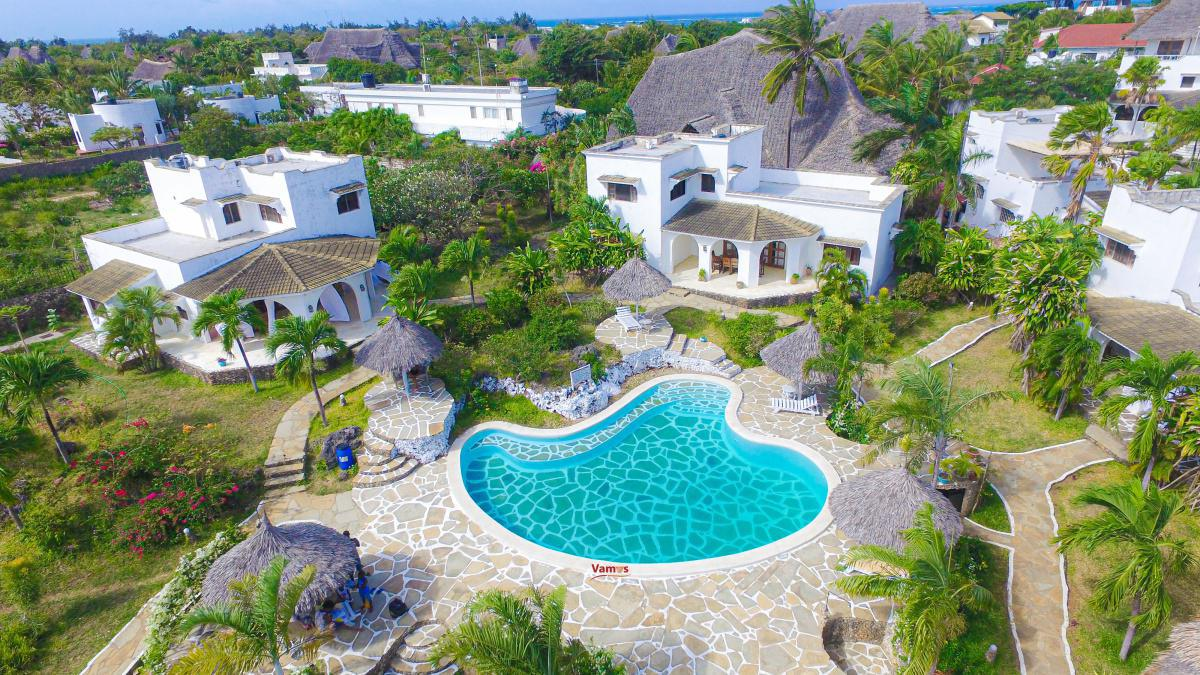 Relax in these Stunning Villas in Malindi from 2499 Per Person!