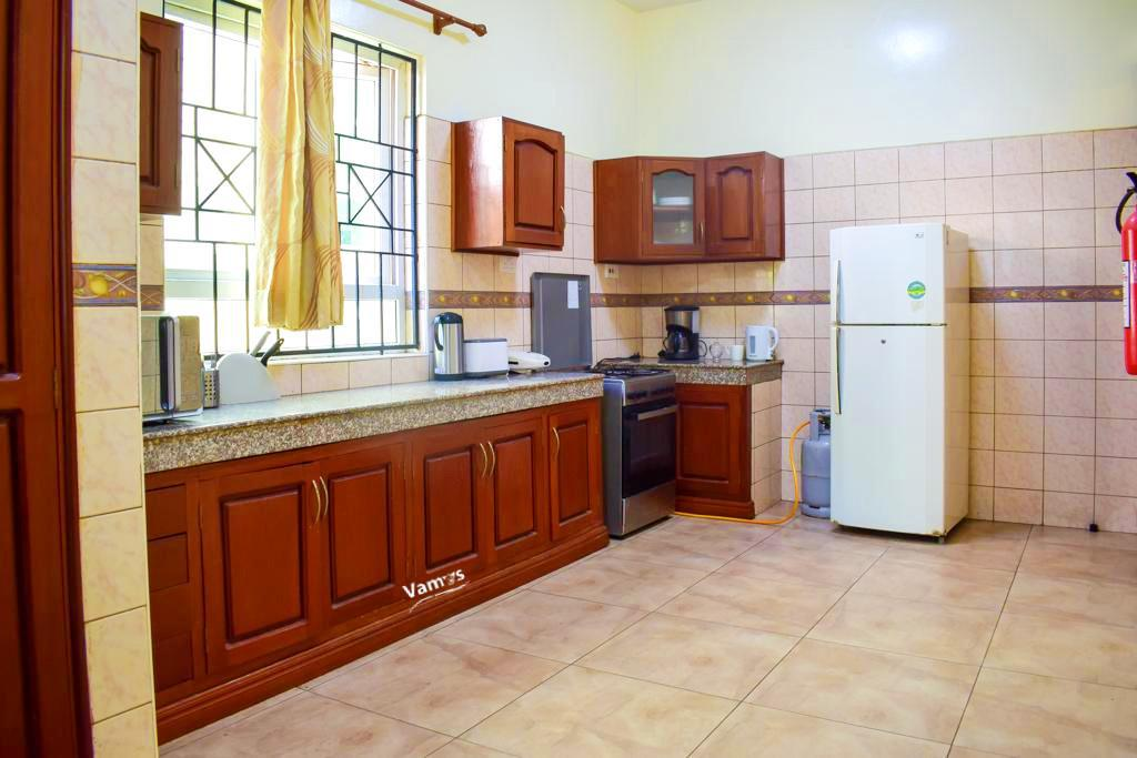 Nyali 5399 for 3 days in a Luxury 5BR Villa Deal
