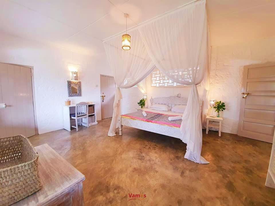 Stay in this Superb 4BR Villa with a beach access, from 8799 PP for 3 Days!
