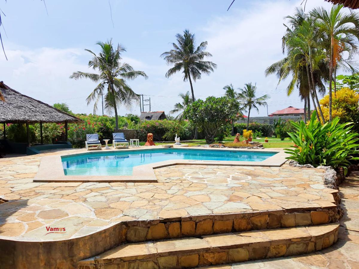 Shelly Beach Private 3BR Villa, stay from 5499 Per person for 3 Days!