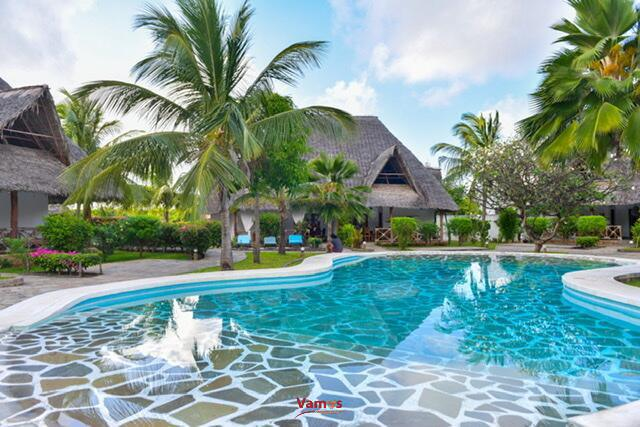 Stay in these luxurious villas from 2299 Per person!