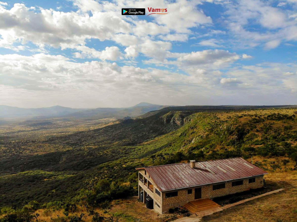 Stay in this gorgeous house from 2999 Per person! Experience rift valley views