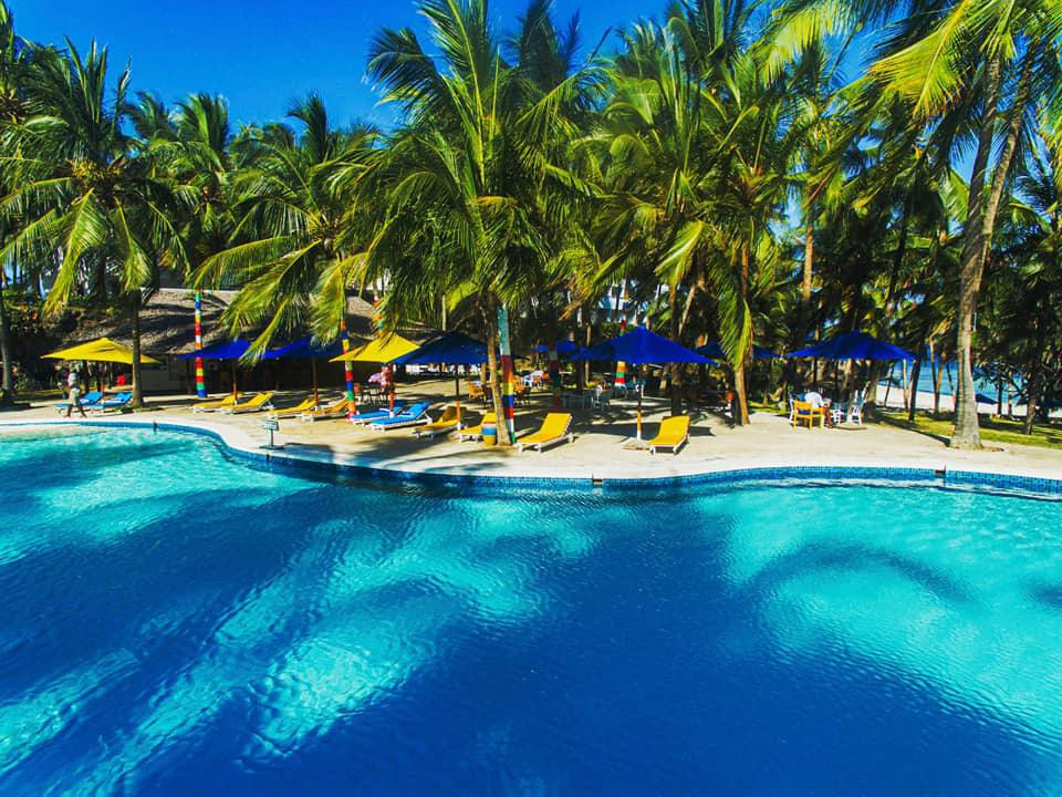 PrideInn Flamingo Beach Resort Experience - Stay from 6949 Per Person on ALL INCLUSIVE!